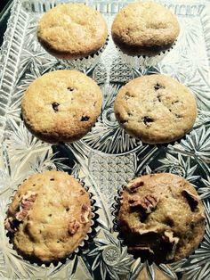 My own Banana Cupcakes, Choco Banana Cupcakes and Pecan Banana Cupcakes. My men super love it!!!