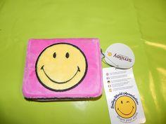 Ref CDP093 Portefeuille Smiley tout doux (façon fausse fourrure). 20€