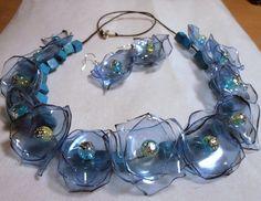 Collar de botellas de plástico (6) (600x465, 274Kb)