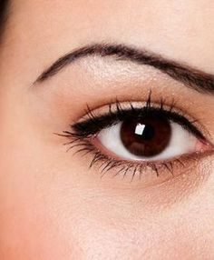 7 Different eyeliner styles best suited for Indian eyes http://zuri.in/2015/07/03/eyeliner-styles-for-indian-eyes #IndianEyes #EyelinerStyles
