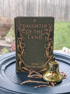 Book Centerpieces, Literary Gifts, Green Books, Old Books, Year Old, The 100, Christmas Gifts, Daughter, Place Card Holders