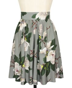 The Trashy Diva Classic Skirt in Steel Magnolias has pockets!