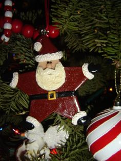 Polymer clay Santa Christmas ornament ~Craftster.org