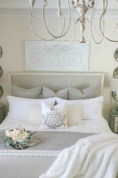 3 Luxurious tips for cozying up your master bedroom for fall, add luxurious bedding, candles and fresh flowers for the coziest fall bedroom. elegant-master-bedroom-with-pom-pom-at-home-bedding Country Bedroom Design, French Country Bedrooms, Country Bedding, Country Decor, Rustic Decor, Fall Bedroom, Home Decor Bedroom, Master Bedroom, Bedroom Ideas