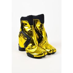 """Maison Martin Margiela Metallic Yellow Gold """"Tabi"""" Split Toe Boots (2,940 AED) ❤ liked on Polyvore featuring shoes, boots, ankle booties, black gold boots, perforated booties, chunky booties, metallic booties and chunky black booties"""