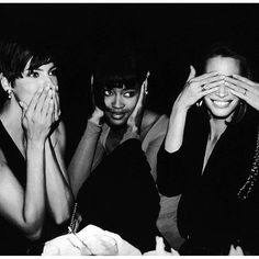2017/02/18 21:55:59 shoutbrasil Beleza atemporal: Linda Evangelista, Naomi Campbell e Christy Turlington  #lindaevangelista #naomicampbell #christyturlington #models
