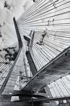 Ponte Octavio Frias de Oliveira (Ponte Estaiada). Pontes são a minha paixão..