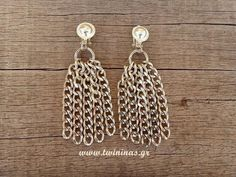 SilverPlated Brass Chain Strands Handmade Earrings by Twininas Earrings Handmade, Handmade Jewelry, New Year Gifts, Brass Chain, Silver Plate, Leather Bag, Jewelry Accessories, Artisan, Drop Earrings