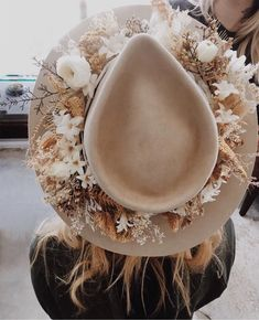 Want to make a flower crown even more boho? Just add a hat. We can't wait to see rocking this bridal wide brim trend. Florals by Want to make a flower crown even more boho? Just add a hat. We can't wait to see rocking this bridal wide brim tre Bohemian Bride, Bohemian Wedding Dresses, Boho Wedding, Garter Wedding, Bohemian Weddings, Forest Wedding, Woodland Wedding, Elope Wedding, Indian Weddings