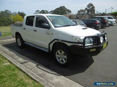 2011 Toyota Hilux KUN26R MY12 SR (4x4) White Manual 5sp M Dual Cab Pick-up #toyota #hilux #forsale #australia
