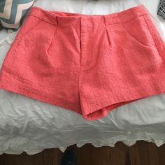 Coral shorts Worn once. Size M Forever 21 Shorts