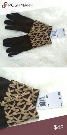 Michael Kors Gloves NWT Brand new tags attached  100% authentic Michael Kors monogrammed gloves in Brown colors. These make a great gift.   Mittens/ gloves Michael Kors Accessories Gloves & Mittens