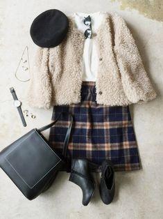 UNIQLOのスウェットを使ったナチュラル服のイタフラのコーディネートです。WEARはモデル・俳優・ショップスタッフなどの着こなしをチェックできるファッションコーディネートサイトです。