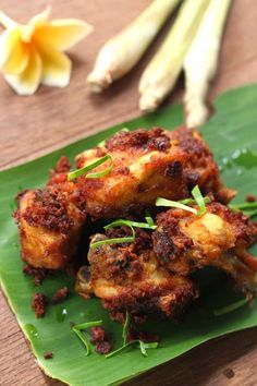 Xuýt xoa với món gà chiên cay thơm giòn ngon tuyệt - http://congthucmonngon.com/42630/xuyt-xoa-voi-mon-ga-chien-cay-thom-gion-ngon-tuyet.html