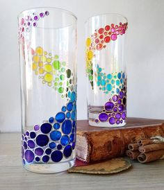 Rainbow drinking glasses set of 2 hand painted colored tumblers, water glasses set for couple, custom personalized drinkware Glass Painting Patterns, Painting Glass Jars, Glass Painting Designs, Bottle Painting, Broken Glass Art, Sea Glass Art, Stained Glass Art, Glass Bottle Crafts, Bottle Art