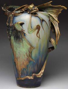 Bronze Vase Japanisch Drache Relief Um 1900 Höhe 21 Cm Handarbeit Great Varieties Antike Originale Vor 1945