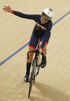 Laura Trott becomes Britain's greatest female Olympian with 4 gold medals in velodrome  | Daily Mail Online