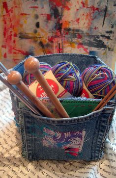 Studio Box Tutorial for yarn by janelafazio, made out of old jeans