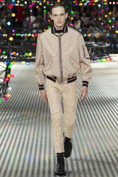 Dior Homme Spring/Summer 2017 Menswear Paris Fashion Week