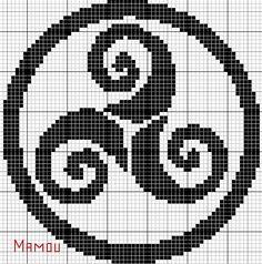 Afbeeldingsresultaat voor j aime la bretagne Baby Cross Stitch Patterns, Cross Stitch Borders, Cross Stitch Charts, Cross Stitching, Celtic Cross Stitch, Maori Patterns, Hama Beads Design, Hand Embroidery Art, Viking Symbols