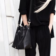 Slouchy... ✖️✖️ #allblackeverything #proenzaschouler #monochrome #offduty #figtny