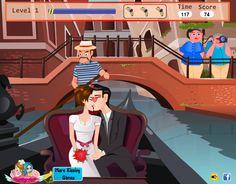 Kissing in a Gondola - Kiss Games Online Kissing Games, Games For Girls, Online Games, Snow White, Aurora Sleeping Beauty, Disney Princess, Disney Characters, Mario, Adventure