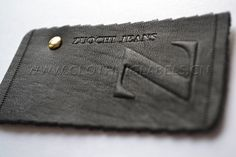 Item name:Zuochi Jeans. Product No:leather-labels-0085