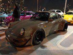 RWB at Tarumi parking Rauh Welt, Porsche, Bmw, Japan, Cars, Vehicles, Autos, Car, Car