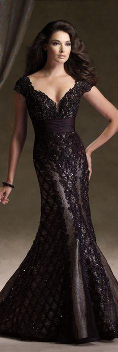 Ivonne D Haute Couture