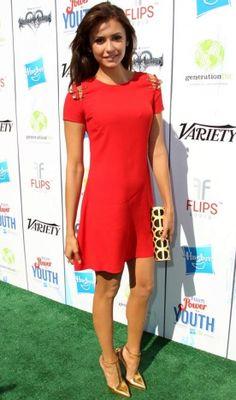 Nina linda Dobrev http://capricho.abril.com.br/look-do-dia/nina-dobrev-748426.shtml