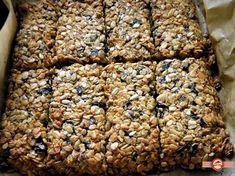 batoane de cereale1 Granola, Baby Food Recipes, Cooking Recipes, Nutella Pancakes, Romanian Food, Protein, Raw Vegan, Healthy Desserts, Sweet Treats