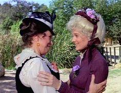 Harriet & Nellie