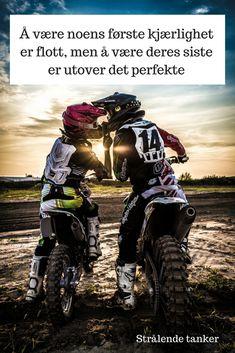 60 Trendy Motorcycle Gear For Women Helmets Biker Girl Trail Motorcycle, Motorcycle Boots Outfit, Motorcycle Party, Motorcycle Style, Couple Motocross, Motocross Girls, Biker Photoshoot, Wedding Photoshoot, Dirt Bike Helmets
