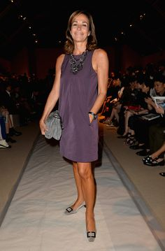Cristina Parodi Photos - Cristina Parodi attends the Max Mara show as a part of Milan Fashion Week Womenswear Spring/Summer 2014 on September 2013 in Milan, Italy. - MFW: Front Row at Max Mara Beautiful Old Woman, Mature Fashion, Sartorialist, Street Chic, Old Women, Trends, Casual Dresses, Summer Outfits, My Style