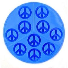 Dci Peace Sign Silicone Ice Tray i really want this! Ice Cube Molds, Ice Cube Trays, Ice Cubes, Jello Molds, Soap Molds, Peace Sign Symbol, Peace Signs, Peace Symbols, Peace Sign Birthday