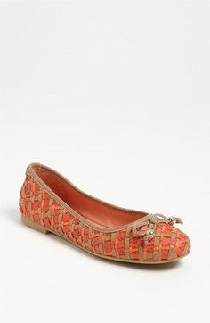 Elliott Lucca #flats #shoes