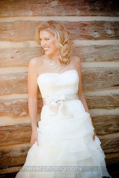 Necklace Bling by Austin Wedding Photographer | Dustin Meyer Photography | Lauren's Bridal Portraits