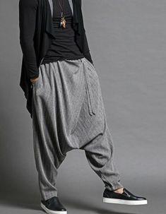 MOO Kamishirt Jacket with buttons in 3 colours - Men's style, accessories, mens fashion trends 2020 Dhoti Pants For Men, Harem Pants Men, Black Harem Pants, Men's Pants, Indian Men Fashion, Mens Fashion, Mens Linen Outfits, Pantalon Thai, Sarouel Pants