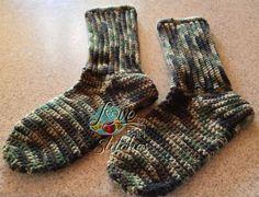 Men's Crocheted Socks. FREE pattern.