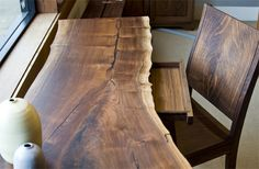 Cool Decorating Ideas To Try With Live Edge Wood 47 Live Edge Furniture, Log Furniture, Solid Wood Furniture, Furniture Design, Live Edge Wood, Live Edge Table, Live Edge Tisch, Wood Slab, Wood Table