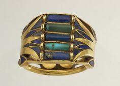 ブルーロータスモチーフの指輪