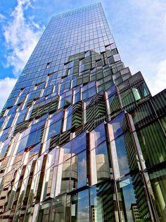 大阪富国生命ビル, Osaka Fukoku Seimei Building, Japan | by Ken Lee 2010