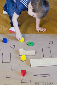 GIANT SHAPE MATCH: Check out this awesome indoor math activity for toddlers and preschoolers; an awesome rainy day activity; quick and easy to set up; diy math activity Source by gamelas Math Activities For Toddlers, Toddlers And Preschoolers, Lesson Plans For Toddlers, Small Group Activities, Montessori Activities, Toddler Preschool, Autism Preschool, Parenting Toddlers, Motor Activities