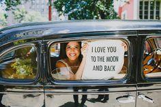 Bia & Victor - Mini Wedding. É um casamento que a Noiva de Botas apresenta cheio de lindas referências para você se inspirar.