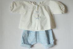Ensemble pour bébé:pantalon en vichy bleu et blouse blanche : Mode Bébé par timounalily