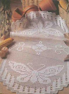 Decorative Crochet Magazines n° 44 - tristanime - Picasa Web Albums Crochet Butterfly Pattern, Crochet Applique Patterns Free, Filet Crochet Charts, Crochet Diagram, Doily Patterns, Free Pattern, Crochet Tablecloth, Crochet Doilies, Borboleta Crochet