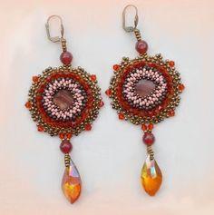 """Les Boucles d'oreilles """"Topaz"""", très belle couleur. Vous pouvez les voir sur :  http://lesmerveillespat.canalblog.com/ http://www.alittlemarket.com/boutique/les_merveilles_de_perles-805099.html"""
