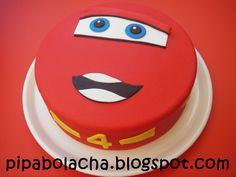 Simple Birthday Cake Designs, Mc Queen Cars, Pixar Cars Birthday, Lightning Mcqueen Cake, Queen Cakes, Car Themed Parties, Boy Decor, Cakes For Boys, Fondant Cakes