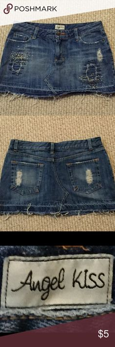 Juniors jean skirt Juniors Jean skirt size 1. In great condition Angel kiss Skirts Mini