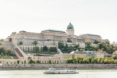 Take a city trip to wonderful Budapest! Discover the most beautiful tourist attractions by bus and on a guided walk through the historic centre. Day Trips From Vienna, Capital Of Hungary, Budapest, Most Beautiful, Tours, City, Building, Travel, Buildings